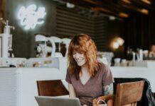praca, jak pracowac dobrze, jak być produktywny, jak pogodzić pracę z życiem osobistym, praca a zdrowie, równowaga między pracą a życiem osobistym