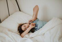 sny w ciąży, sen podczas ciąży, ciąża zmienia sny, wpływ ciąży na sny