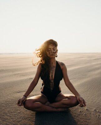 czy słuchać intuicji, czy powinnaś słcuhać intuicji, czy słuchać przeczuć, czy kierowac się przeczuciem, czy kierować sie intuicją, jak podejmować decyzje